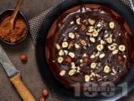 Домашна лесна лешникова торта със стафиди, ром и шоколад